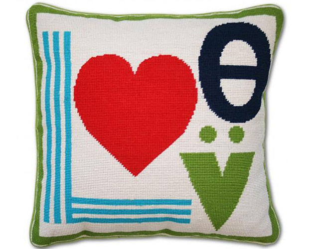 Mod-Love-pillow-3368_0